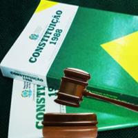 Curso de Teoria da Constituição – Direito